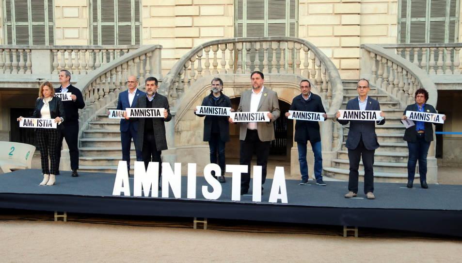 Imatge dels 9 presos independentistes al Palau Robert l'1 de febrer de 2020.