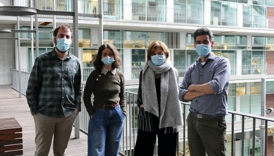 Equip d'investigadors de la UPF. D'esquerra a dreta, Marc Tallo, Marina Vogel, Juana Díez i Rubén Vicente.