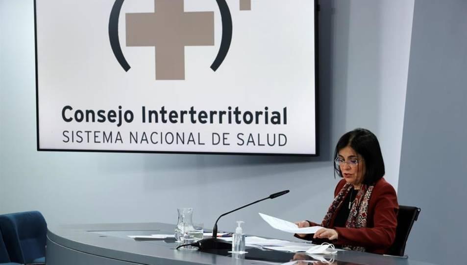 La ministra de Sanitat, Carolina Darias, durant la roda de premsa després de la seva assistència al Consell Interterritorial de Salut.