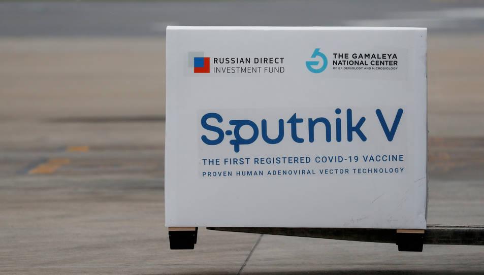 Dosis de la vacuna Sputnik V (Gam-COVID-Vac) arribant a l'aeroport internacional Ezeiza, a Buenos Aires.