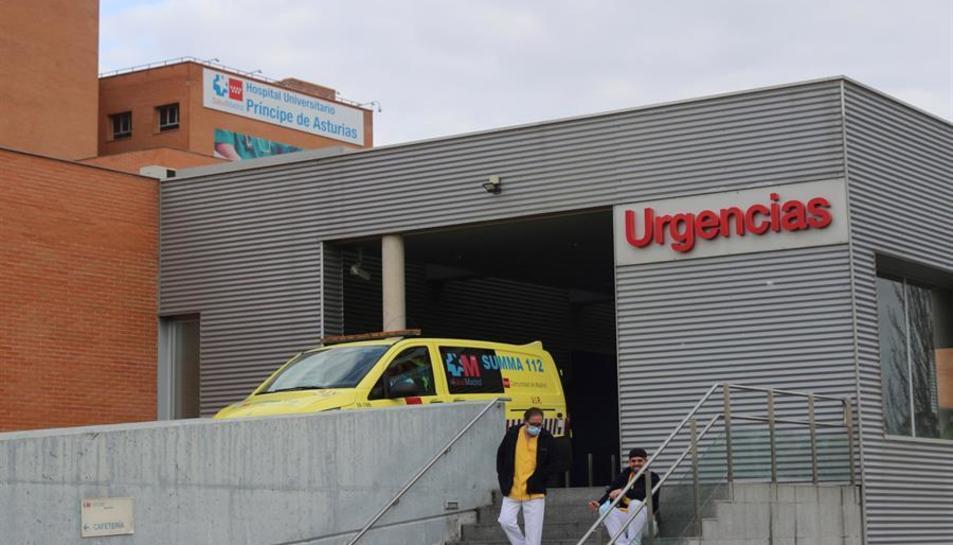 Detingut un conductor d'ambulància per assassinar a un infermer a un hospital a Madrid