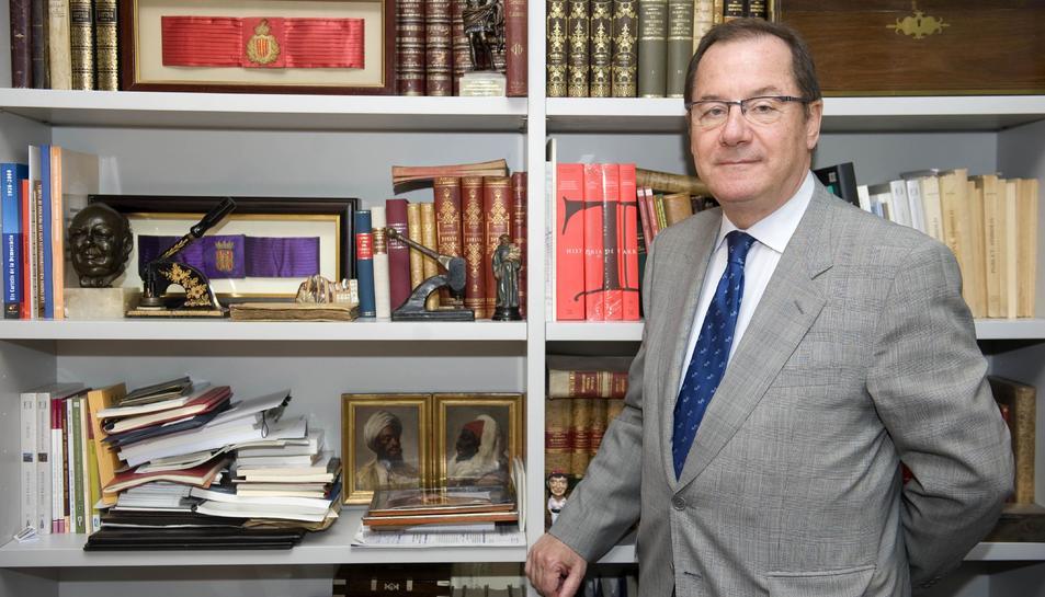 Imatge d'arxiu del 2011 d'Albert Vallvé, reconegut advocat, regidor a l'Ajuntament i senador.