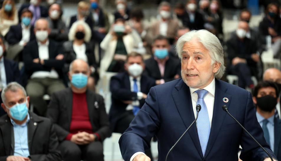 El president de Foment del Treball, Josep Sánchez Llibre, en l'acte convocat per les patronals a l'Estació del Nord.