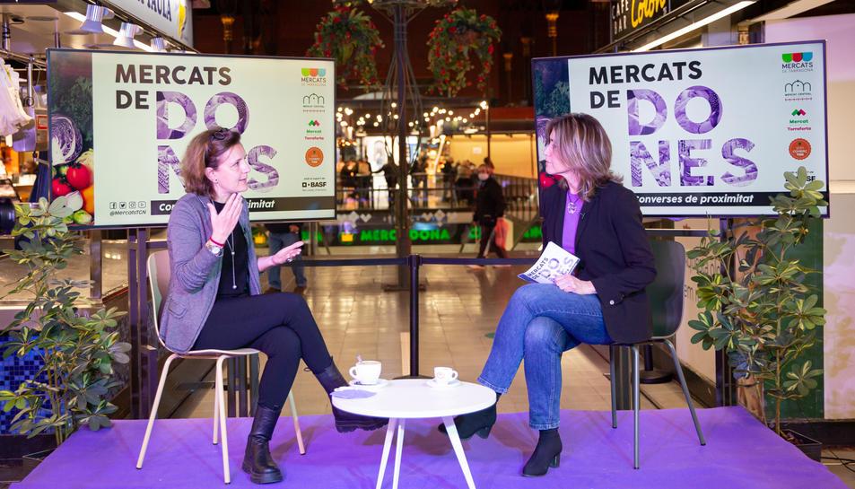 Imatge de la gravació de 'Mercats de Dones' avui al Mercat Central de Tarragona.
