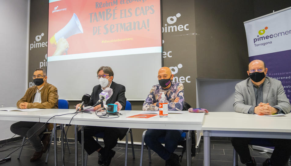Tomàs Sierra, Florenci Nieto, Juli Vilaplana i Jacint Pallejà durant l'anunci de protesta de dissabte.