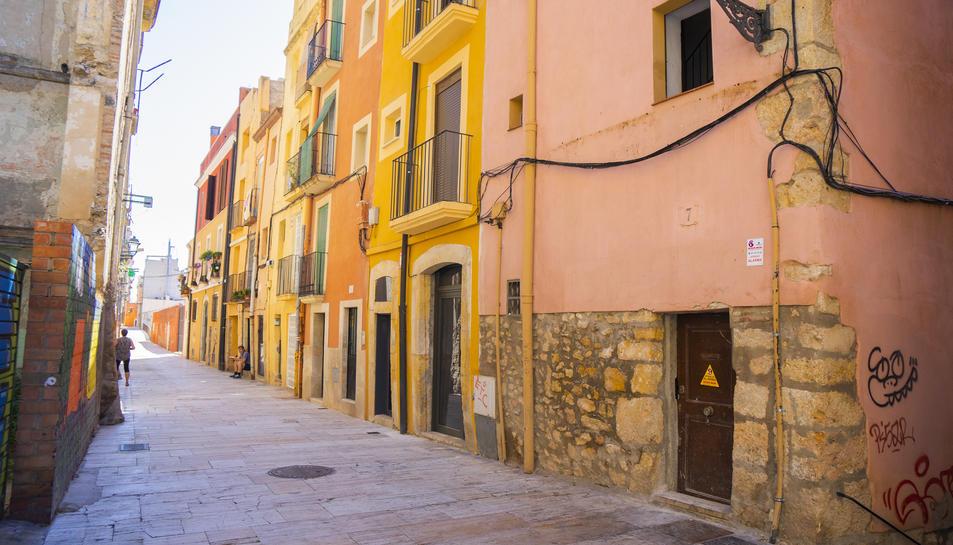 Imatge d'arxiu del carrer Ferres, a la Part Alta, un dels punts més conflictius amb l'ocupació.