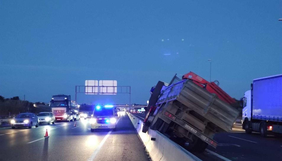 Imatge d'un dels camions accidentats.