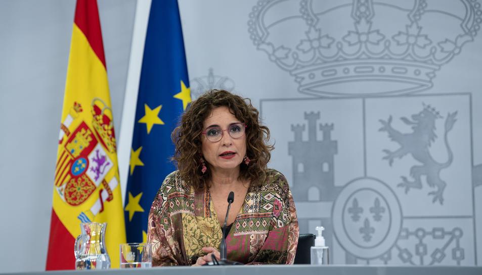 Pla mitjà de la portaveu del govern espanyol, María Jesús Montero.