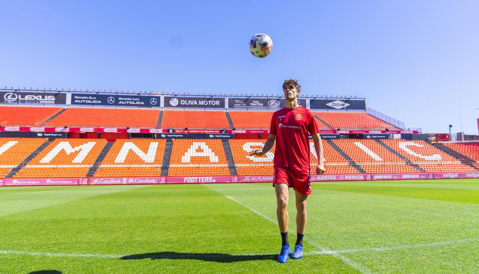Javier Ribelles, al centre del camp del Nou Estadi, on vol continuar sumant punts.