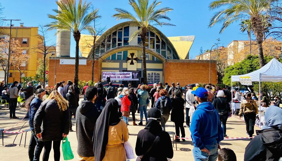 Un centenar de persones es concentren a Reus contra el feixisme i el racisme