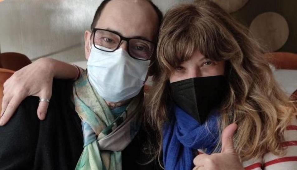 Els actors Jordi Sánchez i Nathalie Seseña.