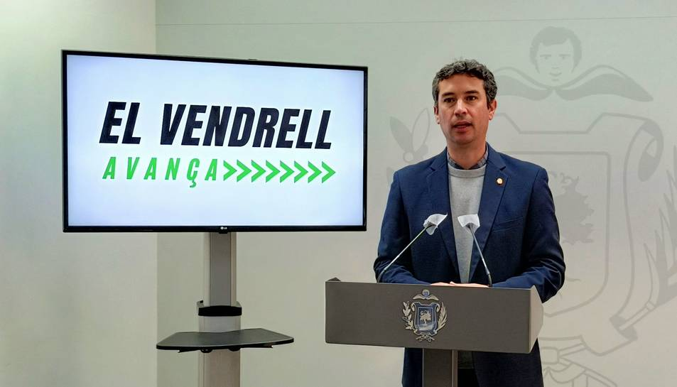 L'alcalde del Vendrell, Kenneth Martínez, presentant el projecte.