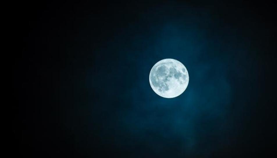 Imatge d'arxiu de la lluna plena