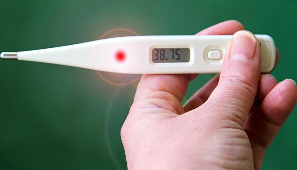 La febre és un símptoma de la covid.
