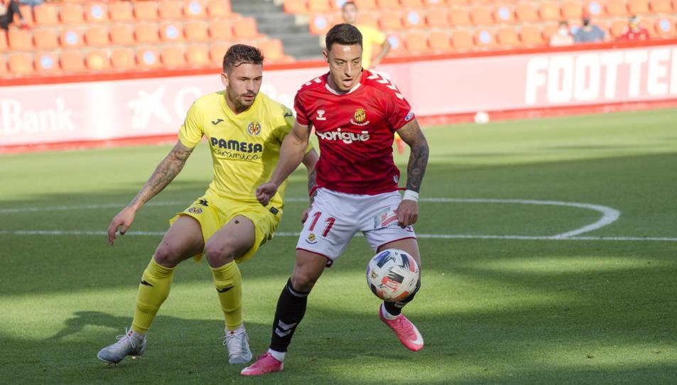 Pol Ballesteros, durant el Nàstic-Villarreal B.