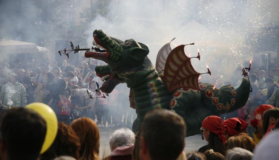 Imatge d'arxiu del Drac de Sant Jordi de Valls.