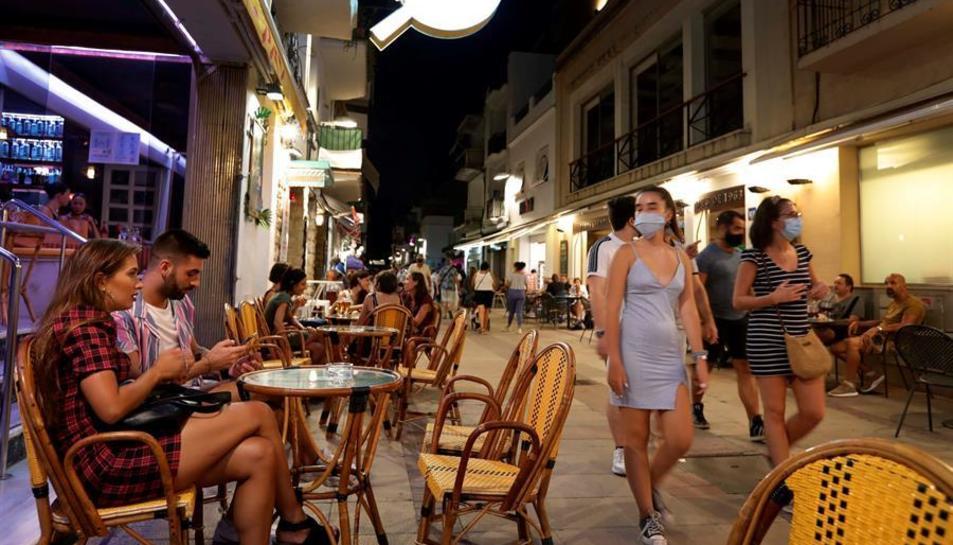 Una imatge d'arxiu dels carrers de Sitges.