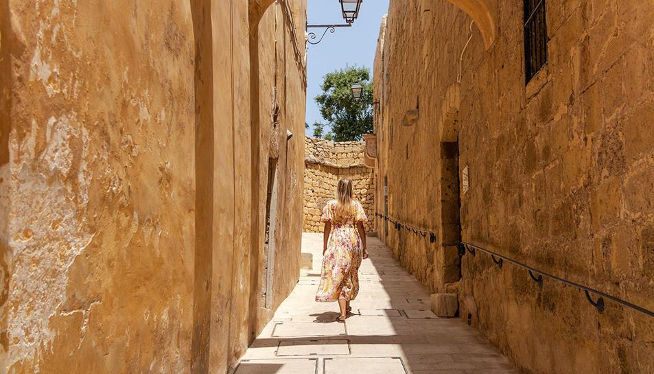 Imatge d'un carreró a Cittadella, a la illa de Gozo.