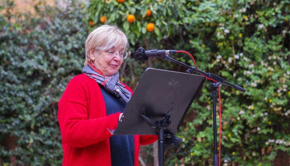 Margarida Aritzeta, durant el discurs a Casa Canals.
