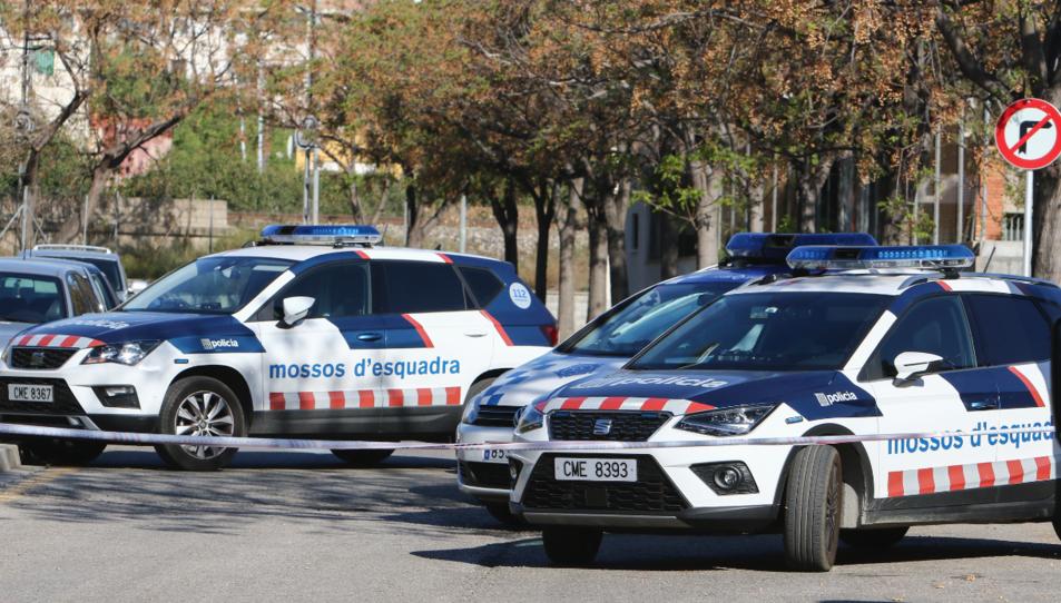 Diverses patrulles dels Mossos d'Esquadra.