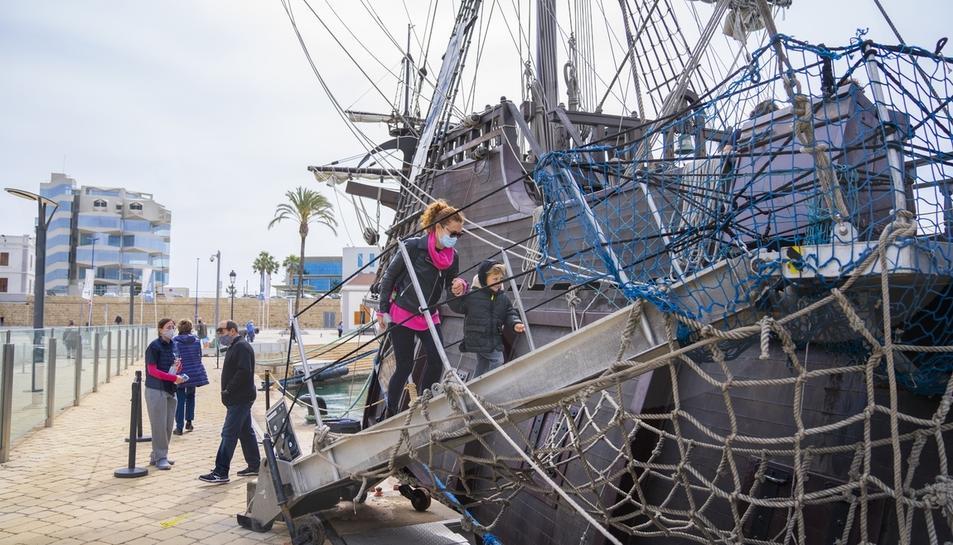 Atraca en Tarragona el galeón español del siglo XVII Andalucía