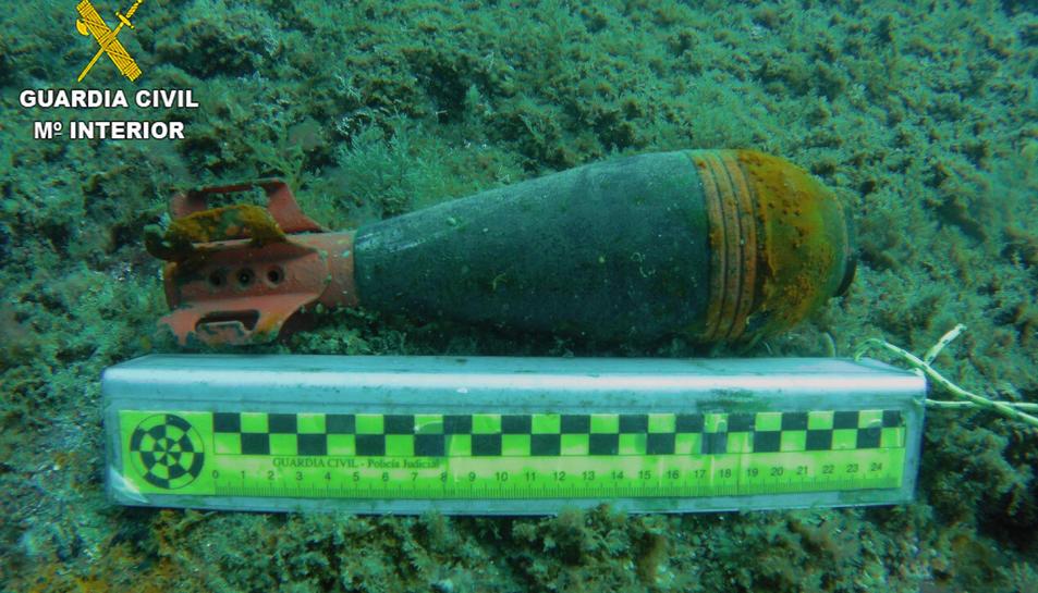 Imatge de l'artefacte localitzat a la costa de Cadaqués.