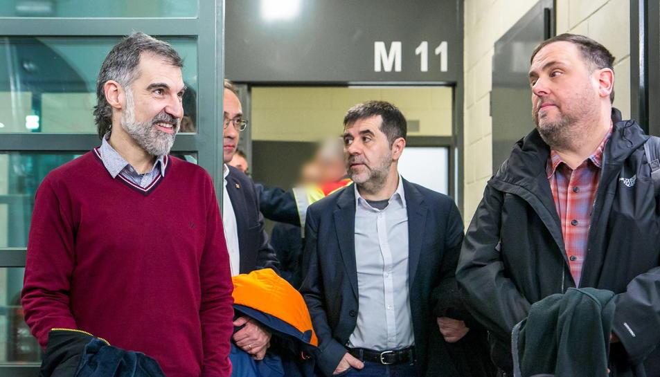 Jordi Cuixart, Josep Rull, Jordi Sànchez i Oriol Junqueras durant el seu trasllat a Madrid.