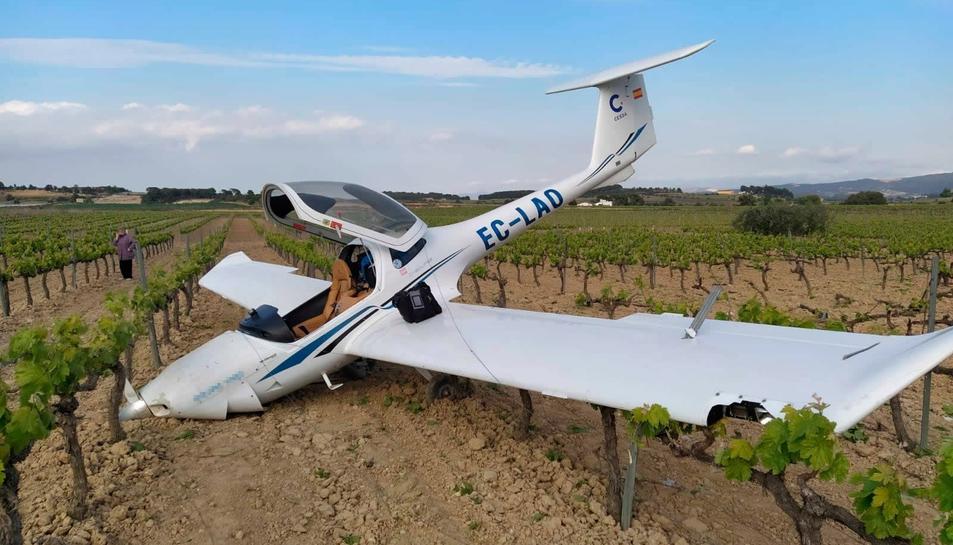 Pla general de l'avioneta del CESDA després de de l'aterratge d'emergència.