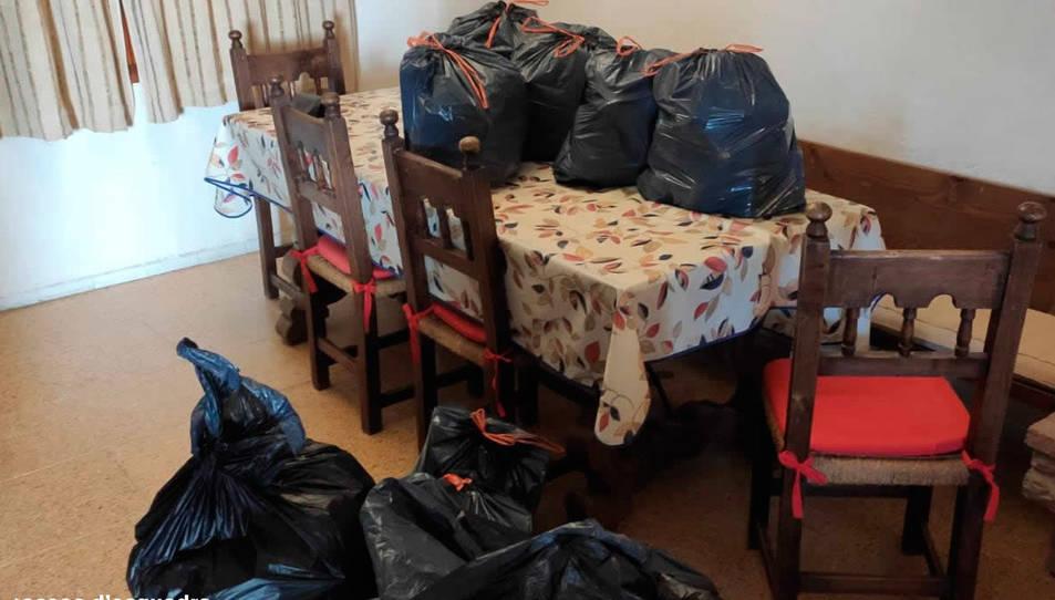 Els lladres tenien bosses preparades amb els objectes robats.