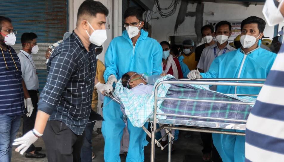 Els fets han passat a l'HospitalVijayVallabh, a la ciutat costanera de Virar, pròxima a la capital financera índia de Bombai.