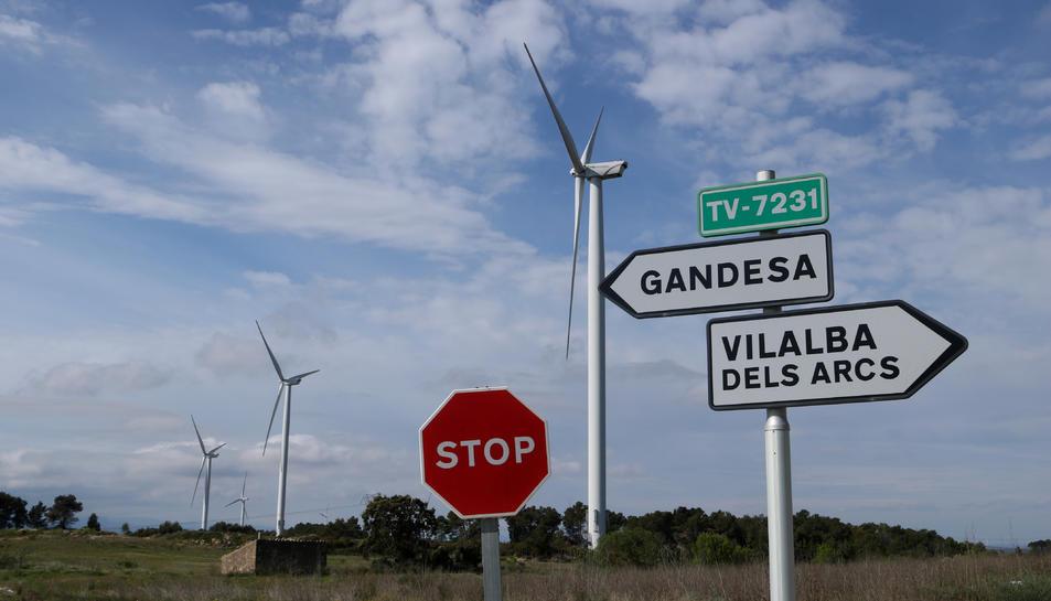 Aerogeneradors al terme municipal de Vilalba dels Arcs, a la comarca de la Terra Alta.