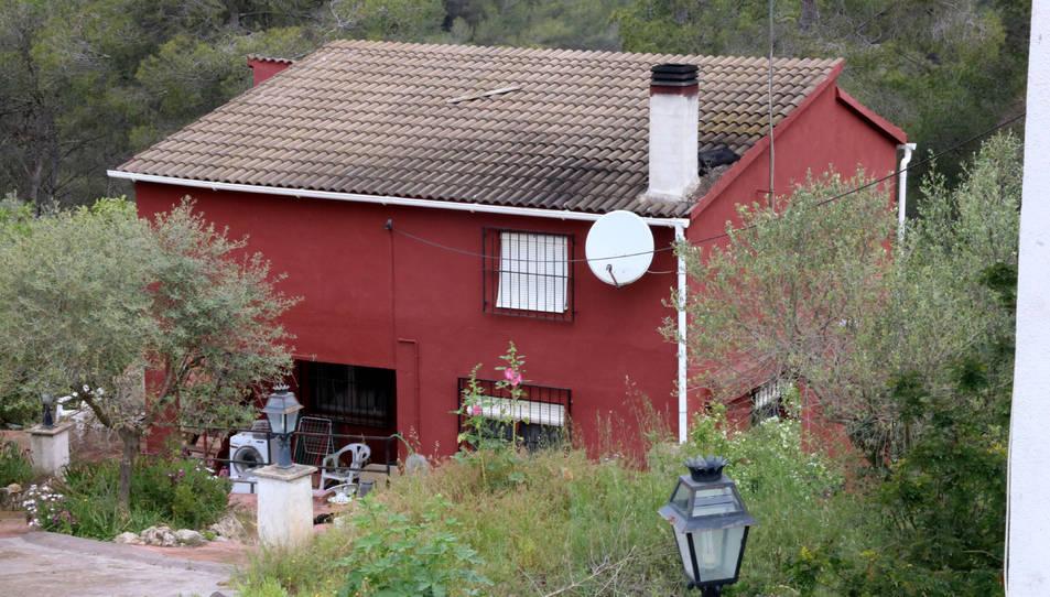 Habitatge de la Bisbal del Penedès on una dona ha patit cremades mortals presumptament provocades per la seva parella.
