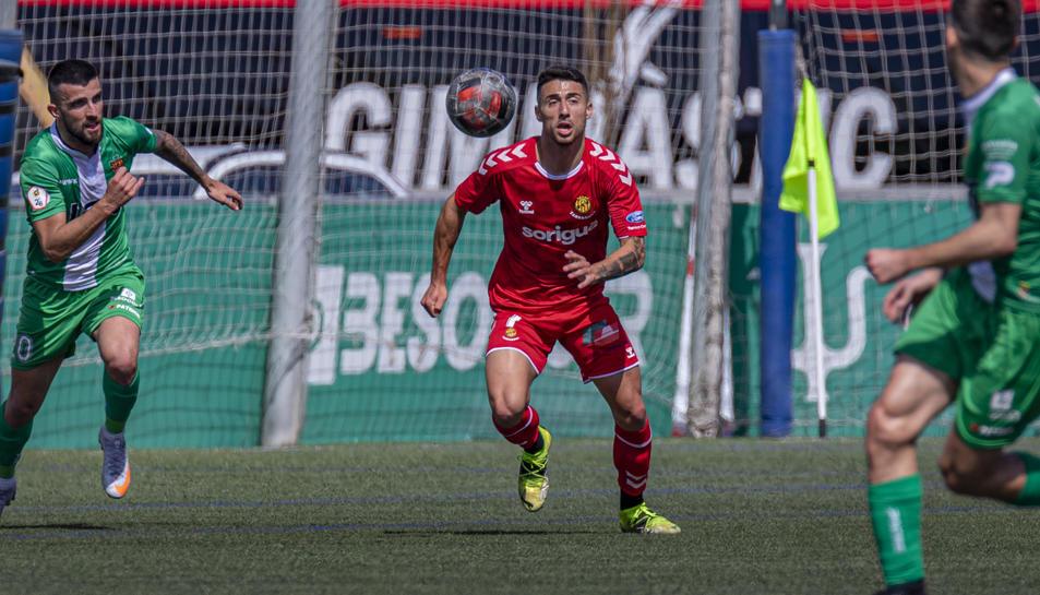 Guillem Jaime, durant el partit que va jugar a Cornellà, un dels quatre en els quals ha participat fins ara.