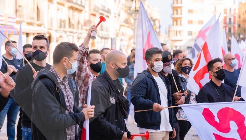 Manifestació dels treballadors de la petroquímica a Tarragona (II)