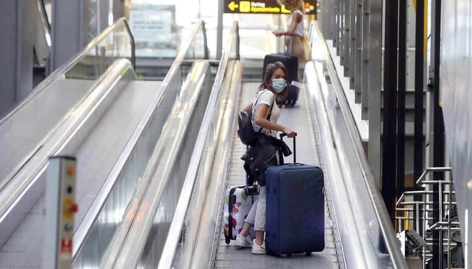 Zona d'arribades de l'Aeroport de Madrid-Barajas Adolfo Suárez. EFA