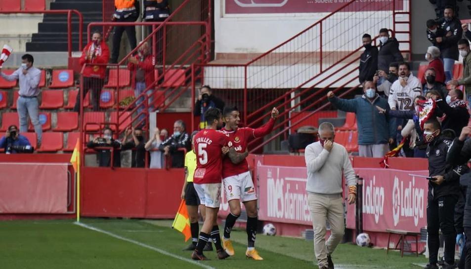 Gerard Oliva i Marc Trilles celebrant el gol.