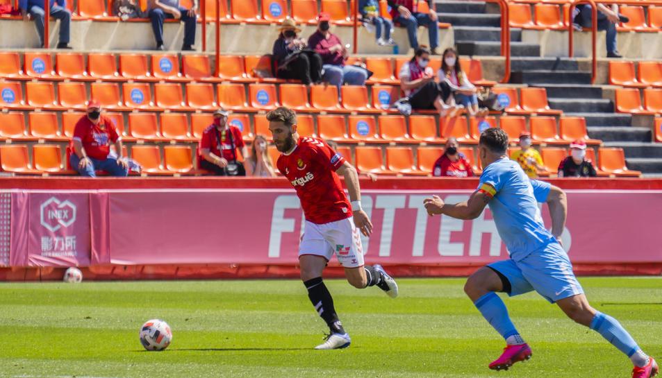 Fausto Tienza, durant el partit d'anada entre el Nàstic i l'Ibiza-Eivissa.