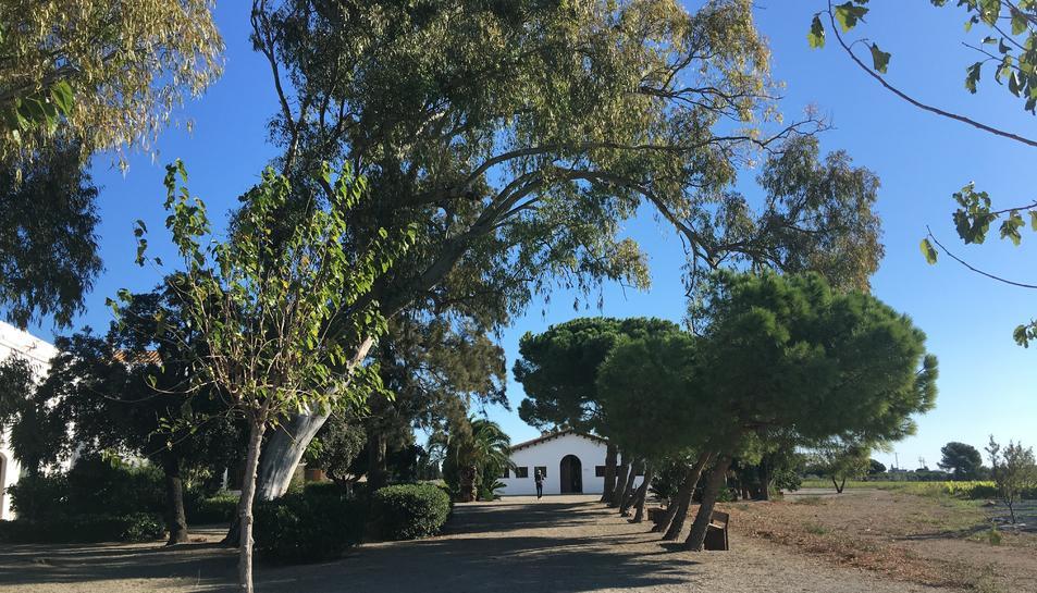 L'entrada al Mas Miró de Mont-roig.