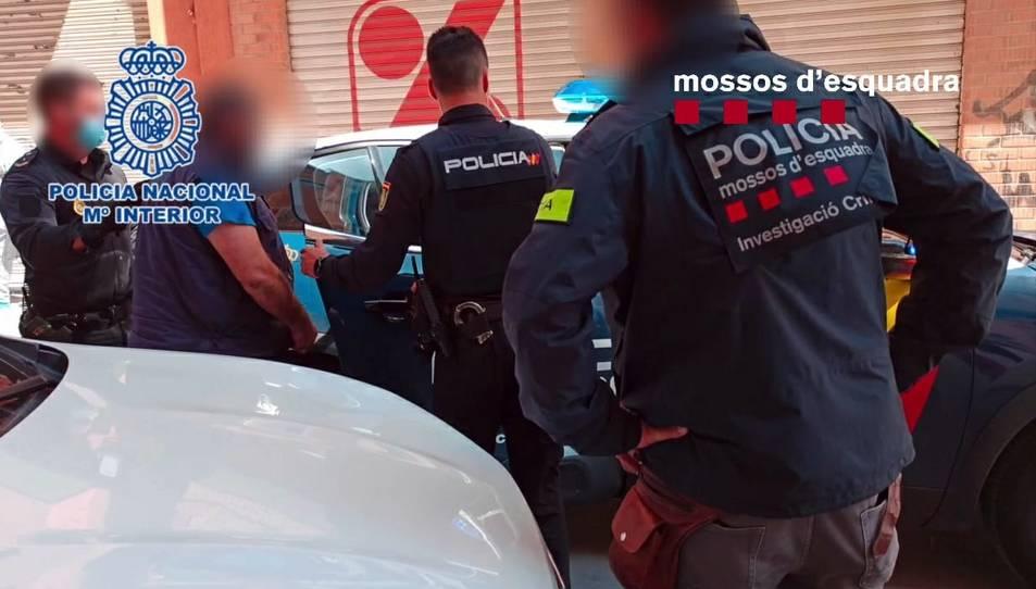 Un operatiu policial va permetre detenir a Alacant cinc persones, entre elles 'El Cali'.