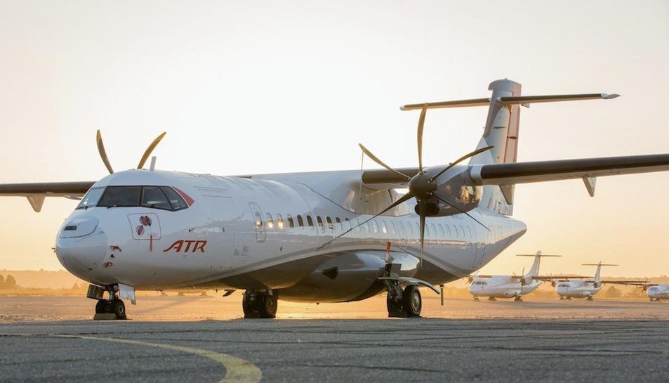 Imatge de l'ATR 72, l'avió que la companyia vol adquirir per a operar.