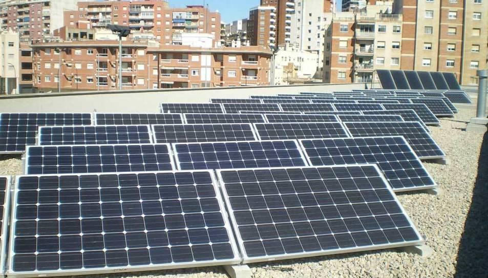 Instal·lació solar fotovoltaica edificis municipals