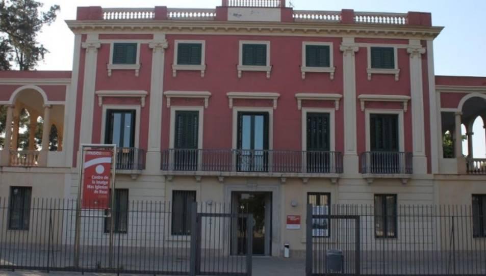 Façana del Centre de la Imatge Mas Iglesias de Reus.