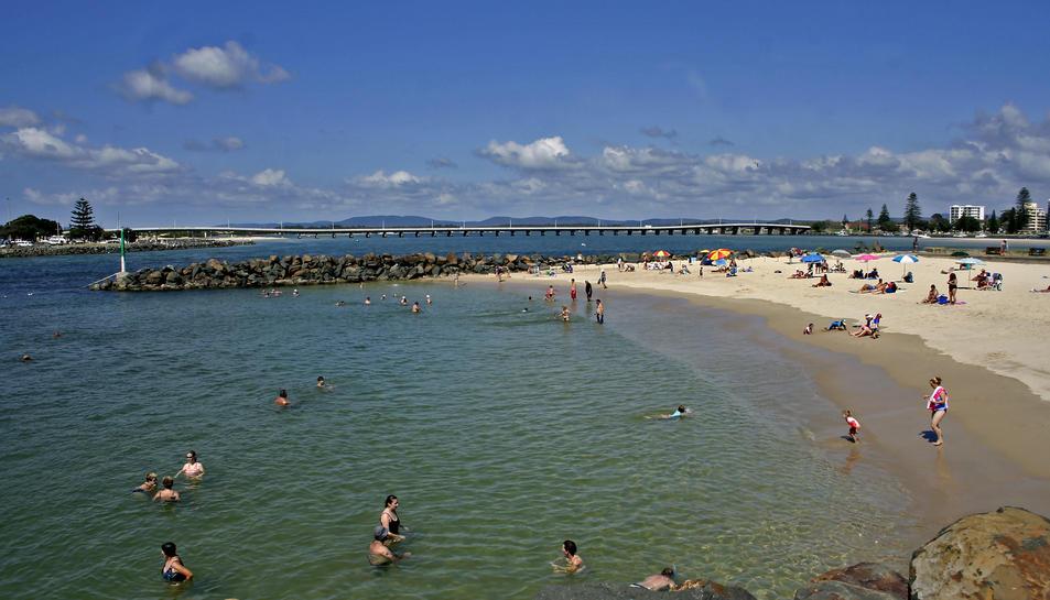 Imatge d'arxiu de la platja de Tuncurry, on es va produir l'atac.