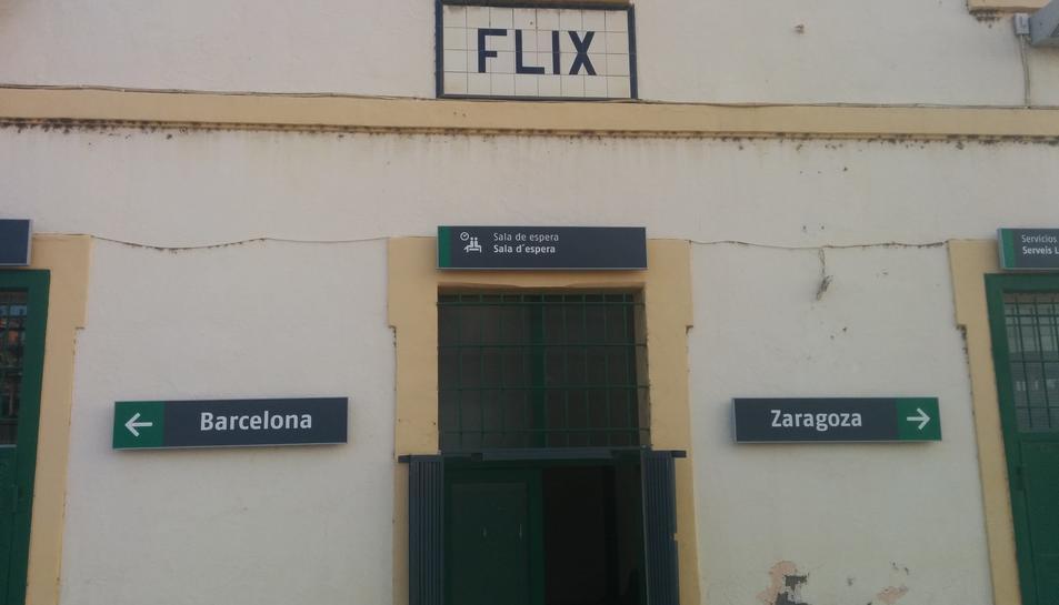 Imatte d'arxiu de l'estació de Flix.