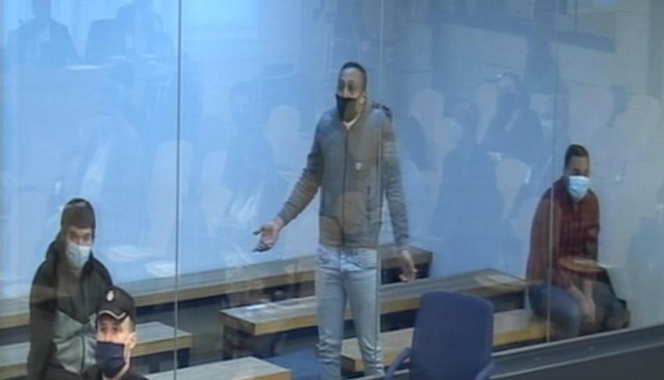 Captura de pantalla de la senyal institucional del segon principal acusat al judici del 17-A, Driss Oukabir, durant la declaració a l'Audiència Nacional, el 10 de novembre del 2020.