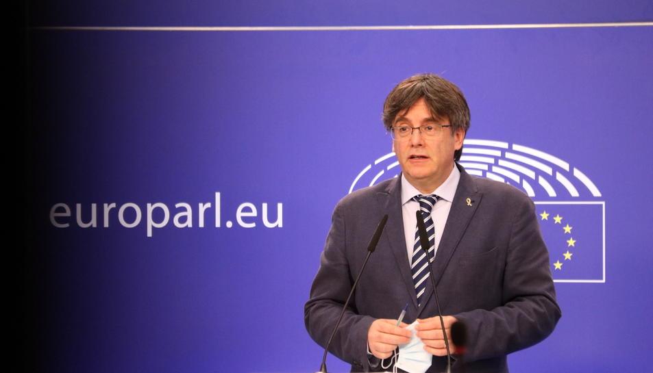 Pla mitjà de l'eurodiputat de Junts Carles Puigdemont.