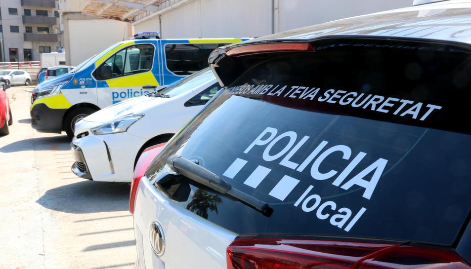 Detall d'un vehicle de la Policia Local del Vendrell.