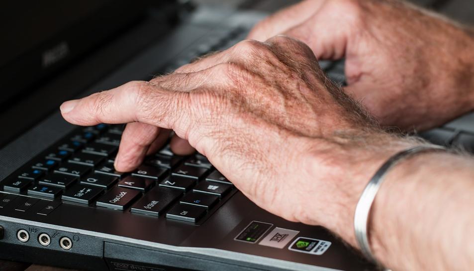 El comitè d'experts alemanys proposa adequar la vida laboral a l'esperança de vida.