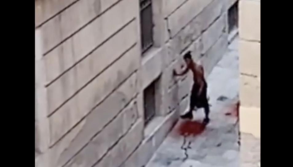 Captura del vídeo que ha penjat a xarxes un veí de la zona.