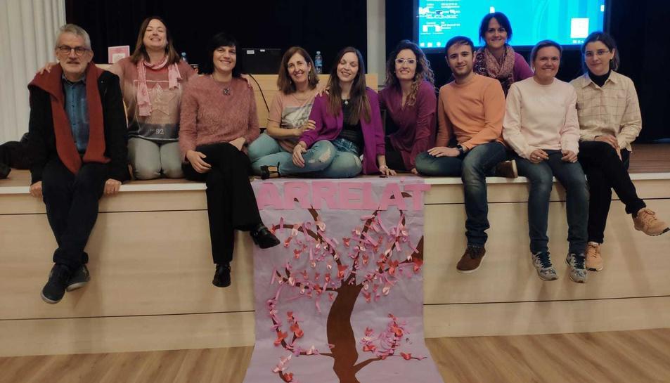 Una de les sessions organitzades per l'entitat de suport al càncer de mama.